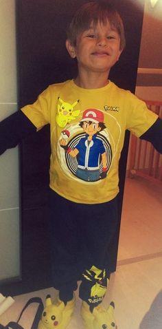 Monsieur #Pikachu est fier comme un roi avec son ensemble #jogging + #Tshirt #babou ! @MamanOrdinairepouruneVieExtra
