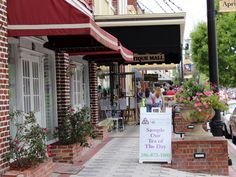 DeLand, Florida - Destination Main Streets - Shopping, Dining, Events, and Attractions Disney World Theme Parks, Walt Disney World, Old Florida, Central Florida, Deland Florida, Florida Adventures, Park Resorts, My Kind Of Town, Daytona Beach