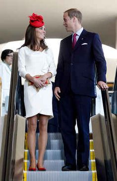 CANADA ♔ 2011 | July 1 | Britain's Prince William and his wife Catherine Middleton, the Duchess of Cambridge, arrive at a citizenship ceremony at the Canadian Museum of Civilization.