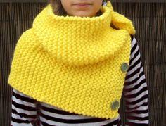 Cuello tricotado con punto de musgo. Facil.