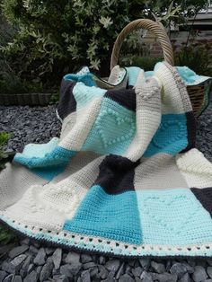Crochet blanket with Bobble hearts