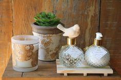 Difusor de aromas com pássaro de cerâmica (substitui as varetas) e Creme hidratante 200ml. Acompanha tag personalizado.