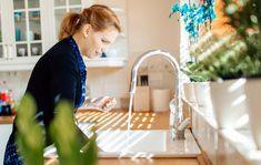 Tiskiallas voi olla paha bakteeripesäke – Ruokasooda ja etikka auttavat Home Organization, Cleaning, Lifestyle, Home Decor, Kitchen, Organize, Hacks, Yurts, Tips