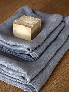 $118.99 Dusky Lilac Linen Bath Towels Set Lara  From Linenme   Get it here: http://astore.amazon.com/ffiilliipp-20/detail/B0046Z999S/178-4621380-2785927