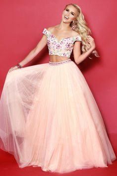 7ee7a413db Tulle Ballgown Prom Dress with Lace Swe…