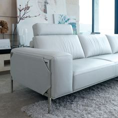 BRILLANTE CUSTOM SOFA 3