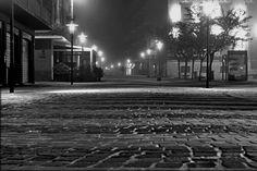 Falconara by night con nebbia