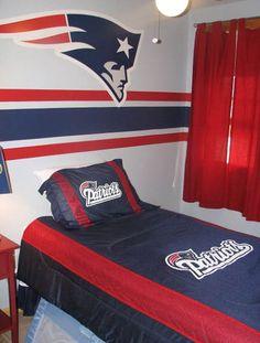 new england patriots bedroom Football Rooms, Football Bedroom, Boy Sports Bedroom, Boys Bedroom Paint, Sports Bedding, Patriots Bedding, Patriotic Bedroom, Bedroom Themes, Bedroom Ideas