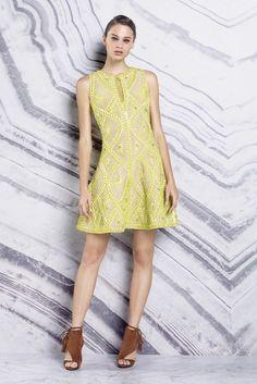 Hervé Léger by Max Azria | Resort 2016 | 29 Yellow sleeveless mini dress