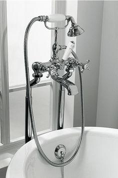 KSK0007 Klassieke badmengkraan badrand montage incl. handdouche