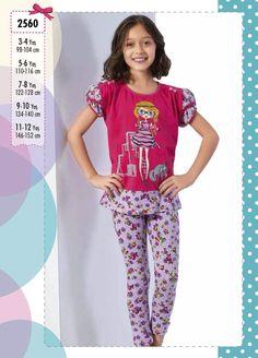 Larice, çocuk,pijama