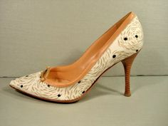 SERGIO ROSSI Beige Leather Swirl Pattern Point Toe Heels Pumps 37/7 Discount New #SergioRossi #Stilettos #WeartoWork
