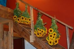 Drying sunflowers is easy and fun. Try one of these three simple methods to preserve those lovely golden blossoms long after the season is over. Sunflower Crafts, Sunflower Garden, Sunflower Seeds, Dried Sunflowers, Dwarf Sunflowers, Agriculture, Crafts To Make, Diy Crafts, How To Preserve Flowers