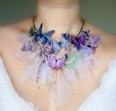 I was going to make something like this with silk flowers but that idea has just been re-inspired by this beautiful project!