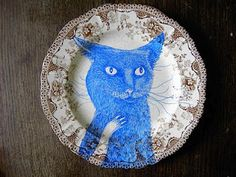 Hand decorated transferware plate by Magda Boreysza - Frog & Comet