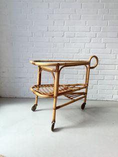 Vintage kleiner Tisch, Rattan, Teewagen, Beistelltisch Bambus, Mid Century…