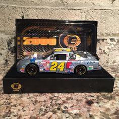 Jeff Gordon No. 24 DuPont NASCAR 2000 2000 Monte Carlo Elite 1:24 Die Cast Car