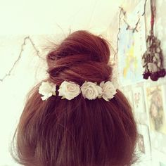 ballerina bun with roses to accent