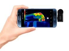 Seek CompactPRO is a small gadget you plug into your smartphone to instantly add thermal-imaging capabilities.