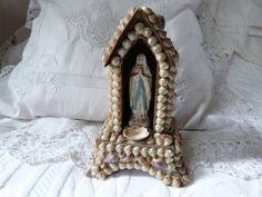 Antique Sailor's Valentine | Antique French sailor valentine seashell art, religious antiques ...