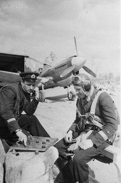Soviet Pilots Play Draughts