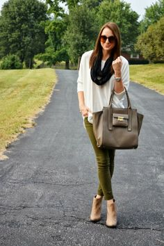 olive green skinny jeans | lenore lamé