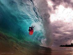 shore break, wave, bodyboard