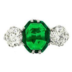 1stdibs - Edwardian Old Mine Emerald Diamond Three Stone Ring