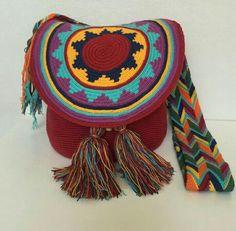 Tapestry Bag, Tapestry Crochet, Knit Crochet, Crochet Designs, Crochet Patterns, Crochet Backpack, Crochet Purses, Handmade Design, Crochet Projects