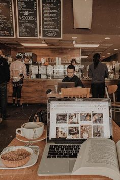 Sydney on [coffee shop aesthetic] // bittersweet aroma of coffee beans and cinnamon heavy in the air, whipped cream mustaches, cold hands hugging College Motivation, Study Motivation, Pic Tumblr, Coffee Shop Aesthetic, Aesthetic Shop, College Aesthetic, College Organization, Organization Hacks, Coffee And Books