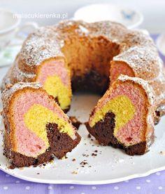 Babka kolorowa piaskowa - PRZEPIS - Mała Cukierenka Polish Recipes, Polish Food, Marble Cake, Colorful Cakes, Pound Cake, Bon Appetit, Doughnut, Muffin, Food And Drink