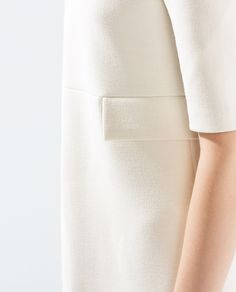 Seamed dress w/flaps* Fashion Forever, Business Outfits, Outdoor Outfit, Minimal Fashion, Stylish Outfits, Zara, Detail Design, Minimal Classic, Pocket Detail