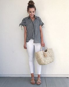 Gingham And Top Knots ✌ // Gingham Shirt + White Crop Jeans + Studded Sandals Gingham Shirt Outfit, Checked Shirt Outfit, Elegant Summer Outfits, Casual Outfits, Cute Outfits, Basic Outfits, Dress Casual, Jean Outfits, Spring Outfits