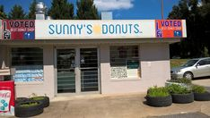 This Tiny Shop In South Carolina Serves Donuts To Die For