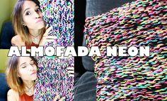 ALMOFADA NEON - TRICÔ | MARIE CASTRO