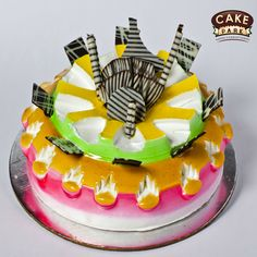 New Fresh Cream Cake with Honey Flavour available from cake park. . #Birthdaycakes #Freshcreamcake #Photocakes #Exoticcakes  visit us: www.cakepark.net Call us: 044-45535532