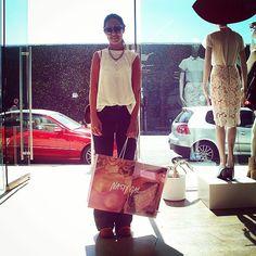 "31 curtidas, 1 comentários - Guada Malter (@guadamalter) no Instagram: ""#tbs shopping at @nastygalmelrose  I felt like a 👸 #love  the #experience @nastygal @sophia_amoruso…"""