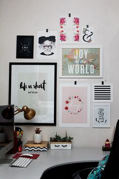 A parede mais bonitona home office room decor, office decor Room Decor For Teen Girls, Girls Bedroom, Bedroom Decor, Decor Room, Bedroom Ideas, Bedrooms, Dream Bedroom, Decoration Inspiration, Room Inspiration