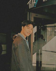 Nct 127 Johnny, Boyfriend Photos, Art Drawings Sketches Simple, Kpop Guys, K Idol, New Wall, Boyfriend Material, Jaehyun, Nct Dream