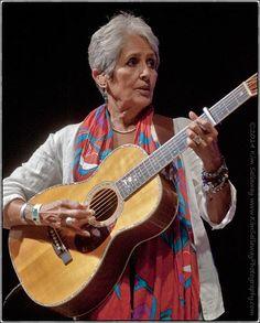 """diamonds and rust"" Joan Baez, Music Pics, Latin Women, 50 Shades Of Grey, Folk Music, Famous Celebrities, Bob Dylan, Grey Hair, In The Heights"