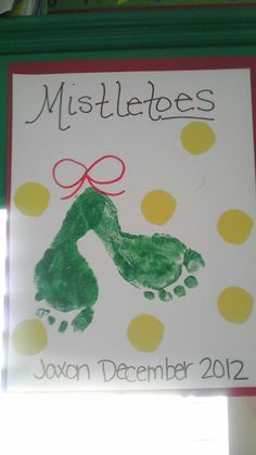 Mistle toes! Christmas holiday footprint craft for preschool