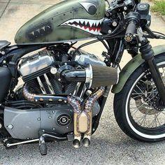 Photo. Harley Harley-Davidson Harley Davidson sportster gas tank exhaust Details