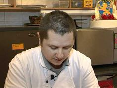 Csörögefánk, vagy forgácsfánk a farsang egyik jellegzetes édessége. Gyorsan elkészül, finom, nem igényel nagy gyakorlatot és emellett nem is egy drága édessé... Hungarian Recipes, Something Sweet, Food Videos, Cake Recipes, Baking, Youtube, Sweets, Food And Drinks, Recipes For Cakes
