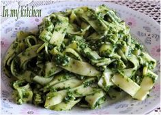 Delicious for me! I love this dish! I guarantee that if you are a fan of pasta I am sure you will like it :] Ingredients … Good Food, Yummy Food, Dinner Tonight, Main Dishes, Food And Drink, Healthy Eating, Lunch, Meals, Cooking