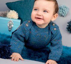Un peu d'originalité dans la penderie de bébé cette saison avec ce modèle de pull en jersey. Ce pull est tricoté en'5;>Laine Phil randonnées' coloris naval. On adore les boutons sur les épaules et les finitions côtelées pour un effet très chic.Modèle n°30 du catalogue N°115 : Layette - Automne/Hiver 2014