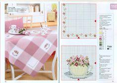 toalha de mesa- flores e xícaras