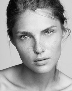 "500px / Photo ""Valeria"" by Nick Suarez"