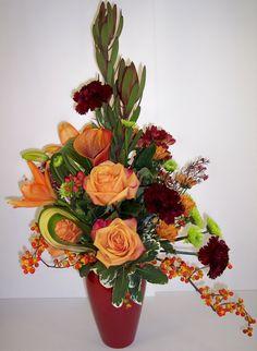 Fall Flower Arrangements | FALL GRANDEUR Flower Arrangement - The Treehouse Florist - New Freedom ...