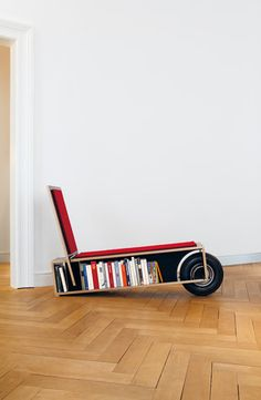 Easy Reader, Nils Holger Moorman; make I can make something similar for my son who loves to read