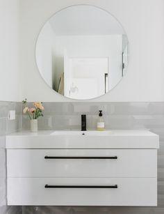 How indoor plants have transformed this Tauranga new-build – Top Trend – Decor – Life Style Interior Design Advice, Small Bathroom, Bathroom Ideas, Bathrooms, Splashback, New Builds, Bathroom Renovations, How To Do Yoga, Bathroom Accessories